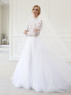 Chiara Ferragni during the fittings of her Christian Dior Haute Couture Cr ร . - Chiara Ferragni during the fittings of her Christian Dior Haute Couture Cr ร ฉ dress says photo - Dior Wedding Dresses, Layered Wedding Dresses, Classic Wedding Gowns, Western Wedding Dresses, Luxury Wedding Dress, Wedding Dress Sleeves, Perfect Wedding Dress, Bridal Dresses, Dior Haute Couture