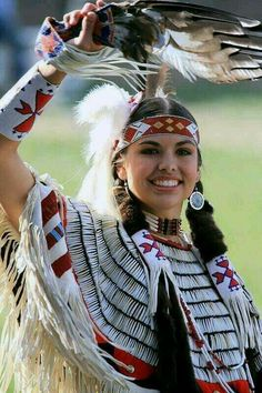 LOVELY NATIVE AMERICAN Best Picture For clothes for women office For Your Taste You are looking for something, and it is going to tell you exactly what you are looking for, a Native American Girls, Native American Images, Native American Beauty, Native American History, American Indians, Native American Clothing, Native American Outfits, American Indian Costume, American Symbols