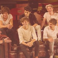 Zane! Why you no laugh!!?? Harry Styles<3