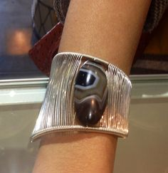 """Tana Acton Cuff. Can you believe each of her pieces are created from a single """"thread"""" of precious metal??"""