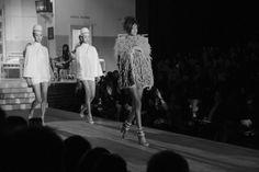 Malaika Firth au défilé Dsquared² automne-hiver 2014-2015 http://www.vogue.fr/mode/inspirations/diaporama/fashion-week-milan-les-coulisses-automne-hiver-2014-2015-jour-5-fw2014/17694/image/964706#!malaika-firth-au-defile-dsquared-automne-hiver-2014-2015