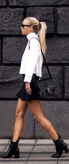 Stockholm style - Victoria Tornegren wearing white turtle neck contrasting black peplum skirt and black messanger bag Moda Outfits, Fall Outfits, Look Fashion, Womens Fashion, Fashion Trends, Fashion Black, Fashion Ideas, Urban Look, Style Work