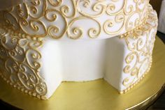 DIY Faux Wedding Cake   Creative Wedding Inspiration   Pinterest     Real cake slice compartment by artofdessert  via Flickr  Smart  For those  cake dummy wedding cakes  bride and groom can still  cut the cake