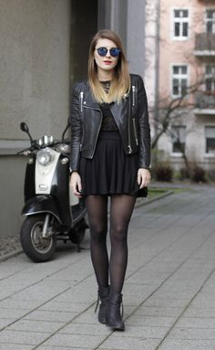 all black – Hoard of Trends – Fashion Blog from Berlin / Mode Blog aus Berlin