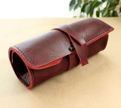 Handmade leather watch roll pouch is made of premium quality soft touch leather.If you like to travel with your collection of watches, then leath. Timex Watches, Fossil Watches, Leather Roll, Leather Pouch, Watch Storage, Watch Holder, Gucci Watch, Amazing Watches, Stylish Watches