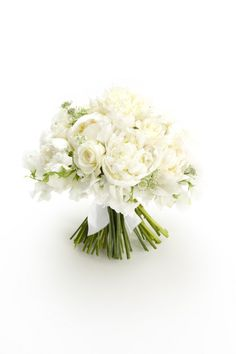 Wedding Magazine - White wedding flower ideas