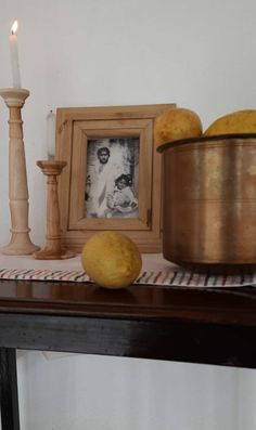 IT'S TIME FOR FALL DECOR IN INDIA NOW! ~ The Keybunch Decor Blog Dried Flower Arrangements, Dried Flowers, India Now, Dry Leaf, Wooden Bird, Fall Pictures, Decorating Blogs, Autumn Inspiration, Earthy