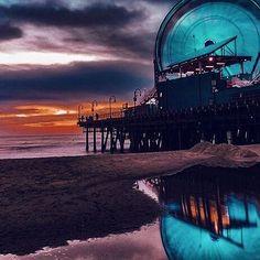 Storm reflection ⚡️ #santamonica #socal #california Photo by @wahine.mermaid    #Regram via @santamonicafun