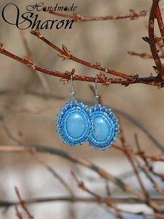 Sharon.handmade / Vyšívané - svetlo modré bead embroidery earrings with glass pearl kaboschon, seed beads in blue, handmade earrings jewelry