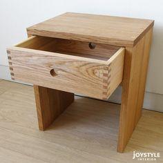【在庫有り】国産日本製ナラ材ナラ無垢材天然木木製テーブルシンプルで使いやすい引出付きのナイトテーブルサイドテーブルCORK-ST+引き出し付き