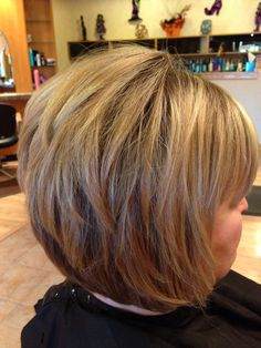 stacked haircut medium length 1000 ideas about layered bob bangs on bob 2884 | 4ea1211d0f0482ec53ae64468bf496bb