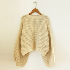 TODAYFUL(トゥデイフル) |Voluminous Sleeve Knit(オフホワイト)