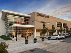 Bridgeport Village Outdoor Shopping Mall Mall, Portland, Oregon.