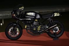 Ducati SS 1000 Cafe Racer by Cafe Racer Napoli #motorcycles #caferacer #motos | caferacerpasion.com