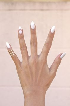 #NailArt #whiteout