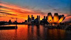 Singapore Tour Packages - Customized Singapore Tour Package online from Akbar Travels at low costs. Get biggest offers and discounts. Book your trip now! Sands Singapore, Singapore City, City Wallpaper, Sunset Wallpaper, Akbar Travels, Singapore Tour Package, Singapore Packages, Art Science Museum, Sky Sunset