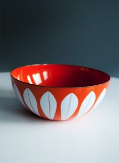 cathrineholm 'lotus' enamelware bowl c.1960s