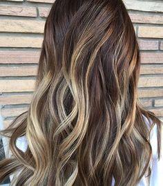 Brunette balayage. Color by @jonahrunswithscissors  #hair #hairenvy #haircolor #brunette #bronde #ombre #balayage #highlights #newandnow #inspiration #maneinterest