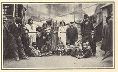 German Gypsy Encampment, 1906 - Vinegar Hill, Camlachie, Glagow - see article - very interesting.