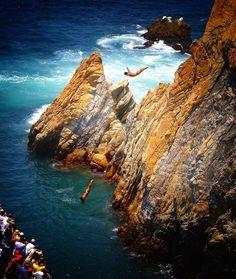 Acapulco, Mexico. Clavadistas