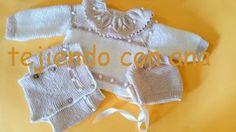 Os comparto como he hecho esta ranita-cubrepañal, en lana bebé , para recién nacido, he utilizado lana fina y agujas de, 2 y medio, hech...
