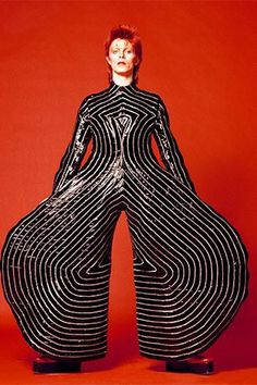 Kansai Yamamoto David Bowie Fashion in Motion at the V&AYou can find David bowie and more on our website.Kansai Yamamoto David Bowie Fashion in Motion at the V&A Bowie Ziggy Stardust, David Bowie Ziggy, David Bowie Dress, David Bowie Art, Glam Rock, David Bowie Poster, David Bowie Fashion, Kansai Yamamoto, Rock Poster