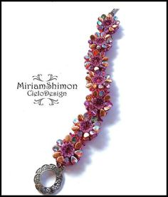Free bead tutorial Pippin Bloom Bracelet by Miriam Cielo Shimon