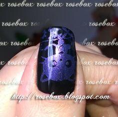 Oi pessoal! Essas unhas eu fiz com uma carimbada que queria mostrar pra vocês!          Primeiro passei o esmalte Vult  CISNE NEGRO ,    ...