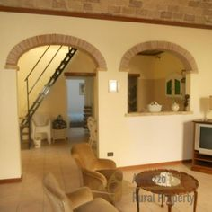 Finely restored house with solarium in Vasto historic centre: high and vaulted ceilings, large windows, elegant decoration and solarium. The apartment is composed by a kitchen, a large living area with two windows opening on a balcony, a storage room, two bedrooms and two bathrooms, on the top level a solarium with panoramic view across #Vasto. Price: 220.000 €. More info: http://www.abruzzoruralproperty.com/find-a-property/for-sale/item/32-restored-house-with-solarium-in-vasto-centre.html