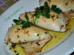 Calamari ripieni/Così cucino io Squid Recipes, Fish Recipes, Seafood Dishes, Fish And Seafood, How To Cook Fish, Happy Foods, Antipasto, Cooking Time, Italian Recipes