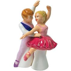 Cute kitchen accessory High quality Magnetic insert holds the shakers together in a fun pose