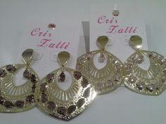 Brincos banho ouro 18k, ametistas e quartzo rosa. #criszalli