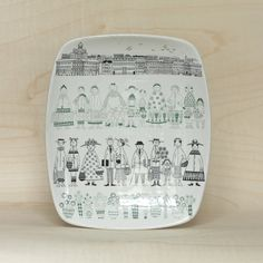 Vintage Mid Century Arabia Emilia Tray by Raije at HotCoolVintage on Etsy I see these around from time to time and really like the design. Line Drawing, Finland, Dinnerware, Glass Art, My Etsy Shop, Tray, Mid Century, Pottery, Plates