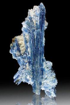 ifuckingloveminerals:Kyanite, Quartz Brazil