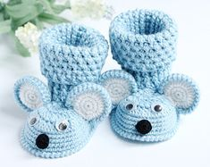 Items similar to Baby booties, Booties Mouse,Crochet shoes,Crochet booties,Crochet booties for girl and boy on Etsy Crochet Baby Boots, Booties Crochet, Crochet Shoes, Crochet Slippers, Baby Booties, Baby Shoes, Baby Patterns, Crochet Patterns, Baby Girl Gifts