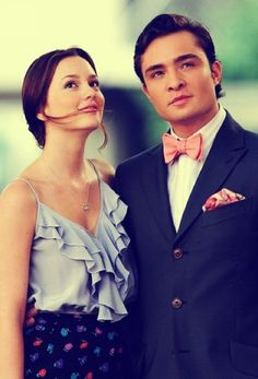 Photo gallery of your favorite love-team in Gossip Girl - Chuck Bass and Blair Waldorf played by Ed Westwick and Leighton Meester Gossip Girls, Moda Gossip Girl, Estilo Gossip Girl, Gossip Girl Fashion, Gossip Girl Style, Gossip Girl Chuck, Gossip Girl Blair, Gossip Girl Outfits, Leighton Meester