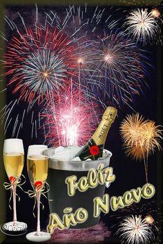 Les Deseo Muchas Felicidades en este Nuevo Año 2014 Postales de Feliz Año Nuevo!