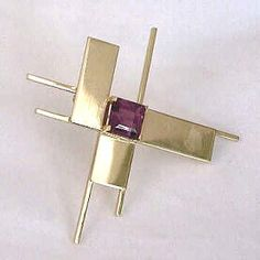 BETTY COOKE  gold, tourmaline brooch