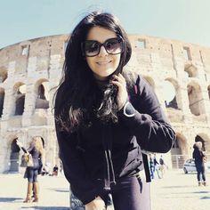 Colosseo  Thank you darling @ftbletsas  Location  #rome  #electraasteri  #travelgirl #travelgirls #travelling #instagreece #instatravel #greekbeautyblogger #greekbeautyblog #greekbeautyblogging #beautyblog #greekbeautyblog #instabeauty #beautystarsgr #rome #guide