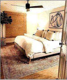 28 Beautiful Master Bedroom Paint Ideas scandinavian master bedro… - The Space Relaxing Master Bedroom, Master Bedroom Design, Home Decor Bedroom, Bedroom Ideas, Bedroom Simple, Bedroom Rustic, Master Master, Decor Room, Bedroom Bed