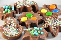Bunte Schokoladenstückchen (Schoko-Weihnachtsmann-Recycling)
