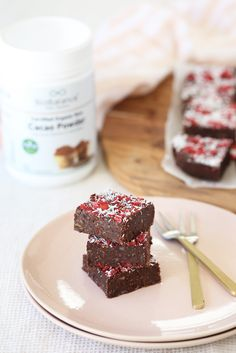 If you loved Cherry Ripe bars as a kid, you'll love this easy one step reinterpretation, without the refined sugar, dairy, or fillers. A tempting mix of sweet and sour cherries, tropical coconut, all bound together in a rich and moist chocolatey brownie (with a veggie in there to boot).