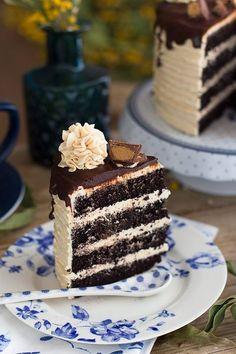 La más deliciosa tarta de chocolate y mantequilla de cacahuete del mundo! no habrás probado nada igual. Super suave y nada dulce! con el toque perfecto.