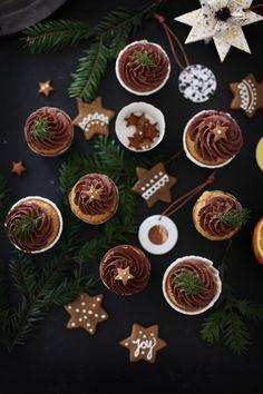 Lebkuchen-Cupcakes mit Orangen-Schokoladencreme