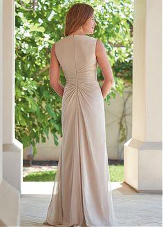 c8a0647fc1 Magbridal Romantic Chiffon V-neck Neckline Sheath Column Mother Of The  Bride Dresses