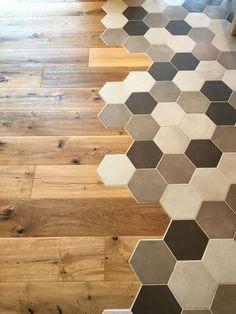 Küchen Design, Floor Design, Tile Design, House Design, Modern Interior, Home Interior Design, Hexagon Tiles, Home Reno, Kitchen Flooring