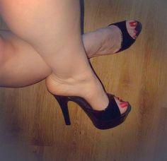 Man in High Heel Mules - Bing High Heels Boots, Platform High Heels, Black High Heels, High Heels Mules, Stilettos, Sexy Legs And Heels, Beautiful High Heels, Women's Feet, Stiletto Heels