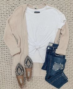 Trendy Casual Fall Outfits To Try When You have Nothing to Wear - Looks Chic, Looks Style, My Style, Mode Outfits, Casual Outfits, Fashion Outfits, Fashion Tips, Fashion Trends, Fall Winter Outfits