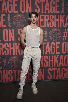 Alexéi Ilich Vtorói — Nicolas Vansteenberghe by Alex Jackson Aesthetic Fashion, Aesthetic Clothes, Urban Fashion, Rave Outfits Men, Boy Outfits, Queer Fashion, Boy Fashion, Men Looks, Bershka Collection