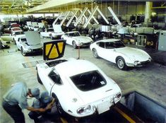 Toyota 2000GT assembly line